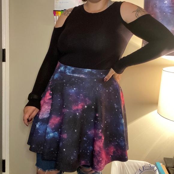 Space skirt